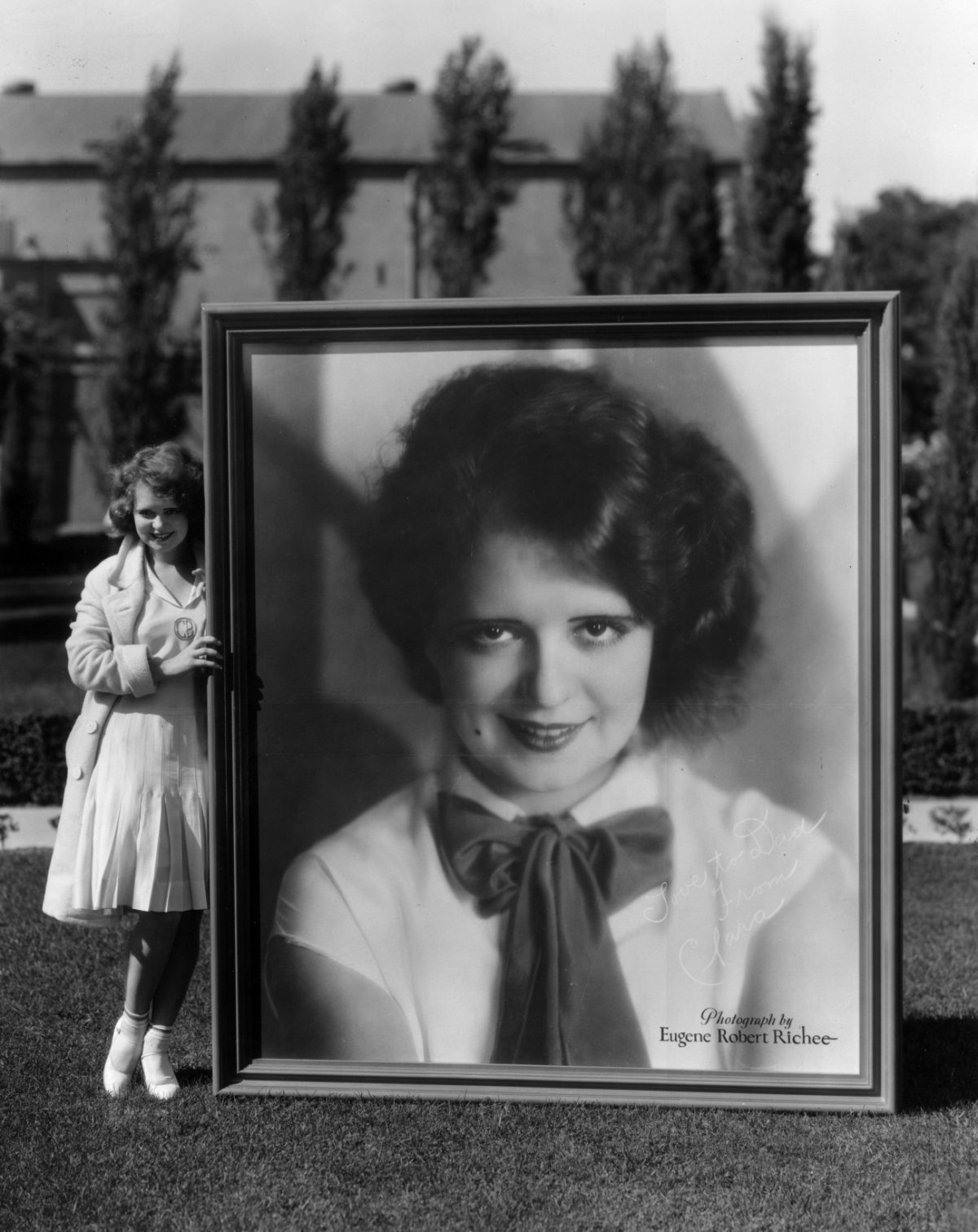 http://verdoux.files.wordpress.com/2008/03/clara-bow-two.jpg?w=1200