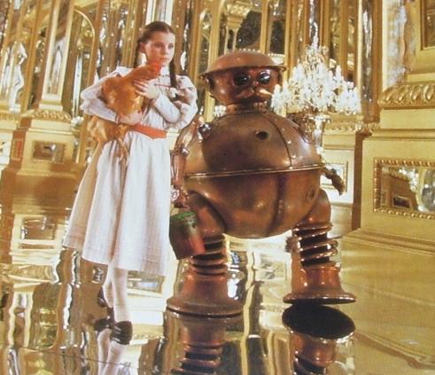 三�y�oz/i��]_烂番茄盘点50部科幻电影-印象深刻的机器人-《终结者2》影评