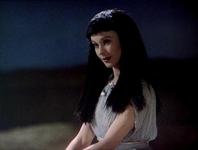 caesar-cleopatra-9