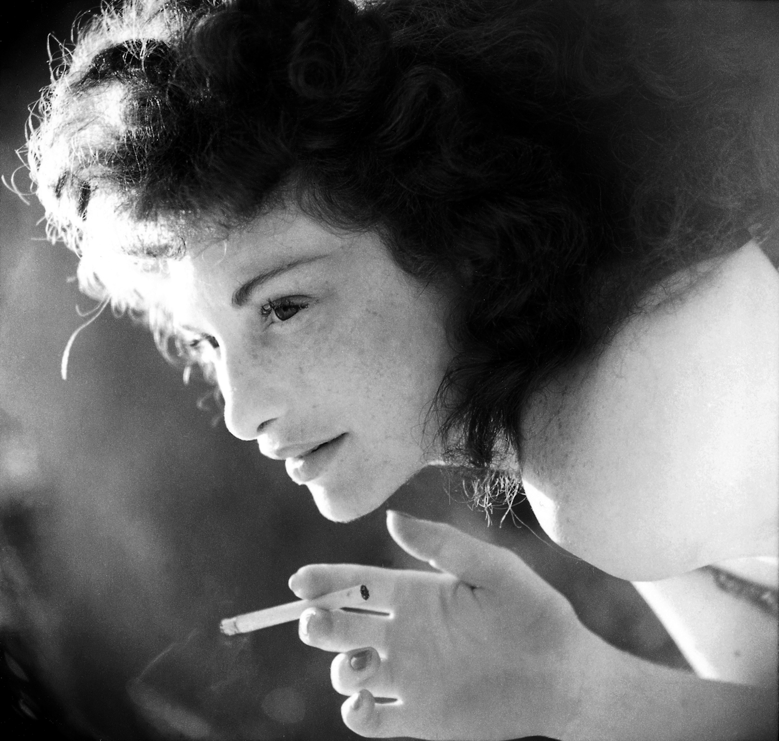 http://verdoux.files.wordpress.com/2010/06/maya-deren-11.jpg