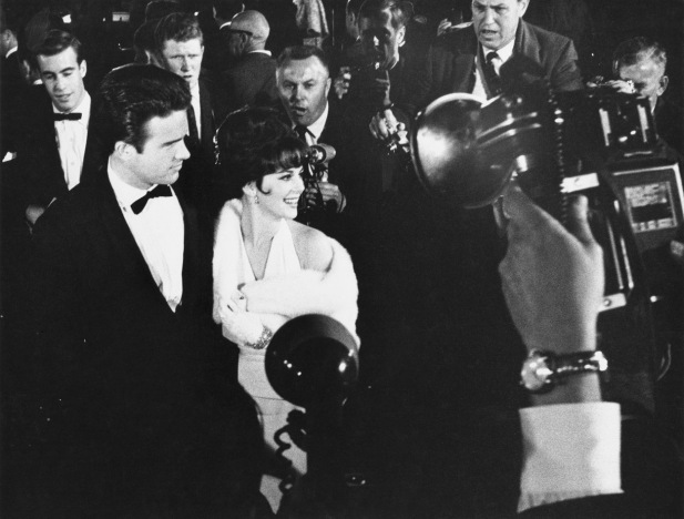 Warren Beatty with Natalie Wood at the 1962 Oscar Awards at Sant